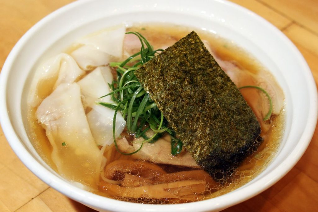 大阪麺哲醤油ワンタン